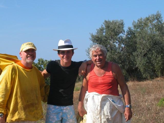Zwei Schweizer Anfänger-Imker in der Toskana